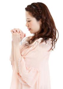 monk-prayer